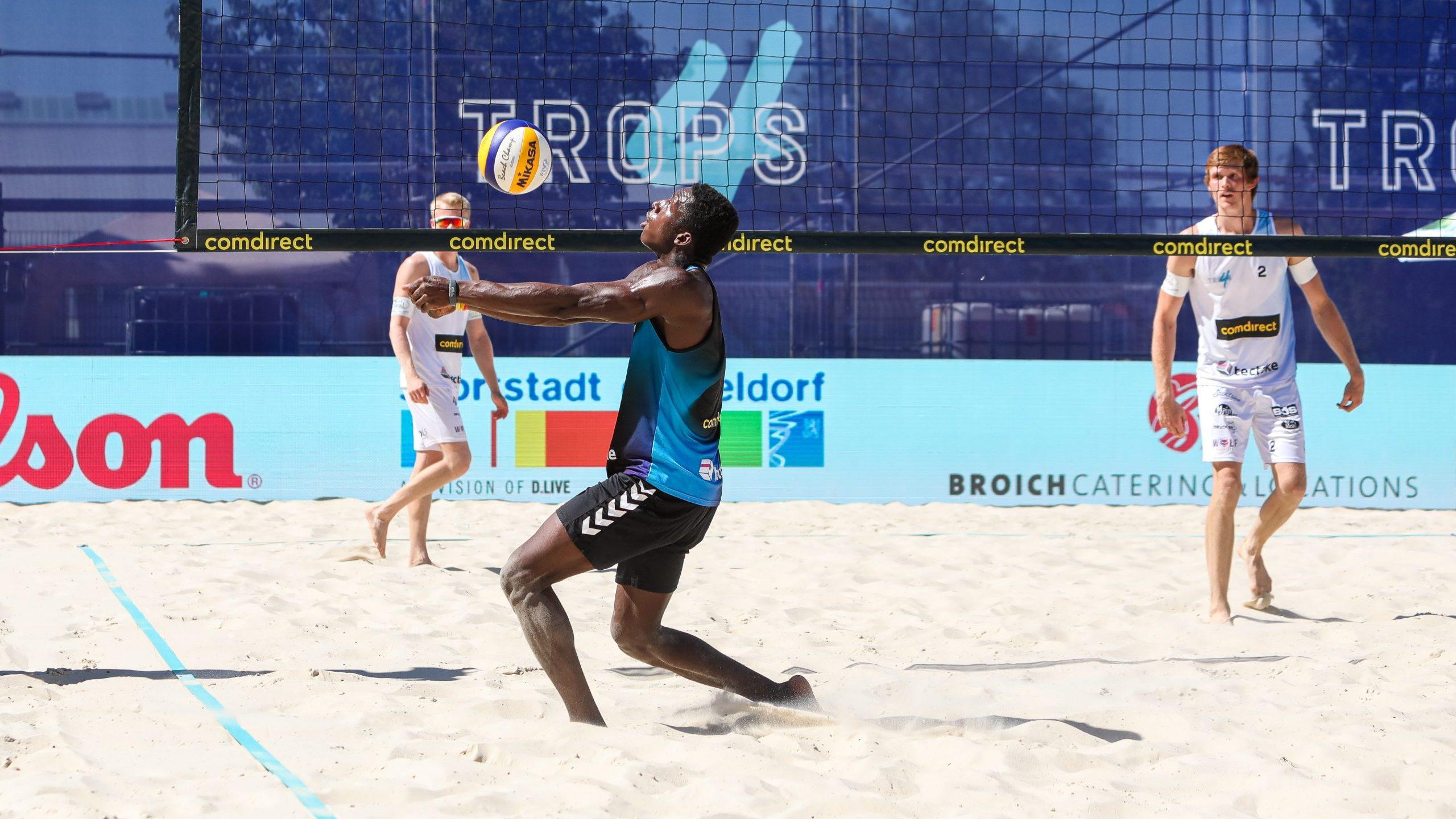 Rudy Schneider schlägt sie alle*Beachvolleyballer gewinnt Qualifikationsturnier